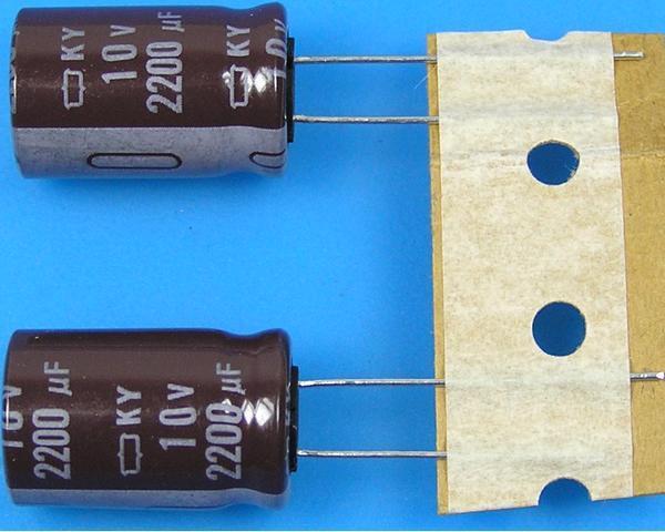 2200uF/10V - 105°C Nippon KY kondenzátor elektrolytický, low ESR, long life