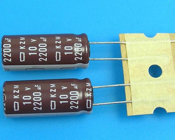 2200uF/10V - 105°C Nippon KZM kondenzátor elektrolytický, low ESR, long life, high ripple current