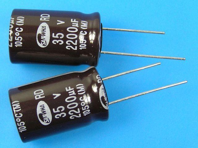 2200uF/35V - 105°C Samwha RD kondenzátor elektrolytický