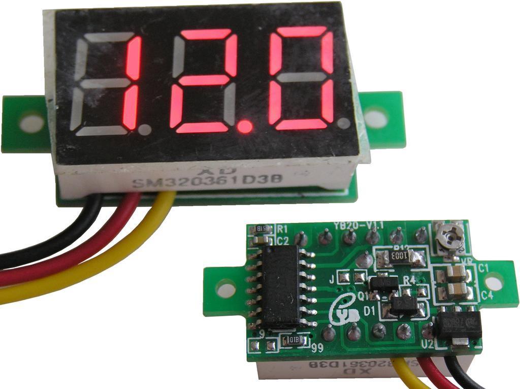 Měřidlo digitální panelové 0,1 - 100V LED displej
