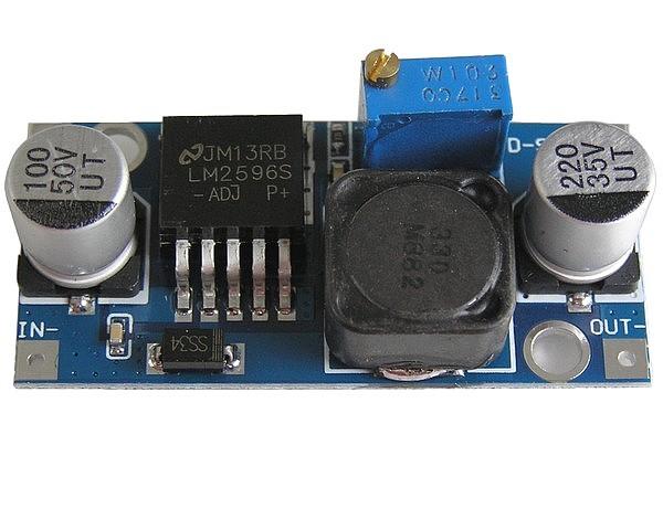 Modul nastavitelného zdroje STEP-DOWN 1,2 - 37V / 1,5A (3A) univerzální použití, SMD elyt