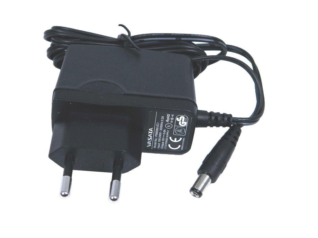 Napaječ univerzální impulzní 12V / 2A JCY-1202, konektor 5,5x2,5mm