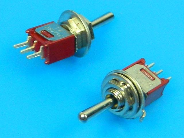 Přepínač páčkový - 3 polohy ON-OFF-ON TSSM1032A2